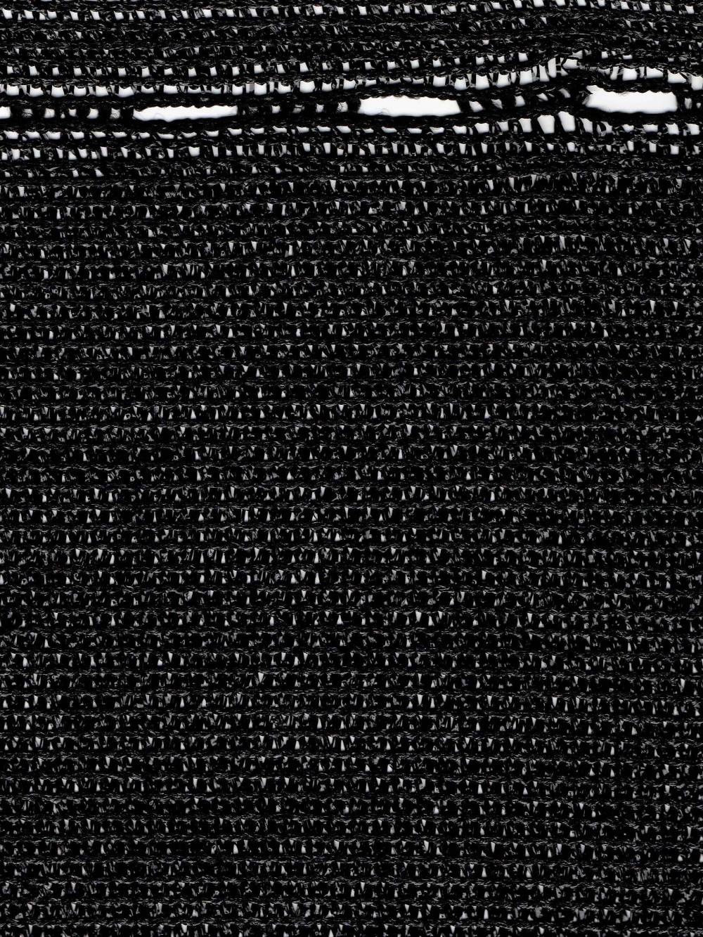 plotes černá
