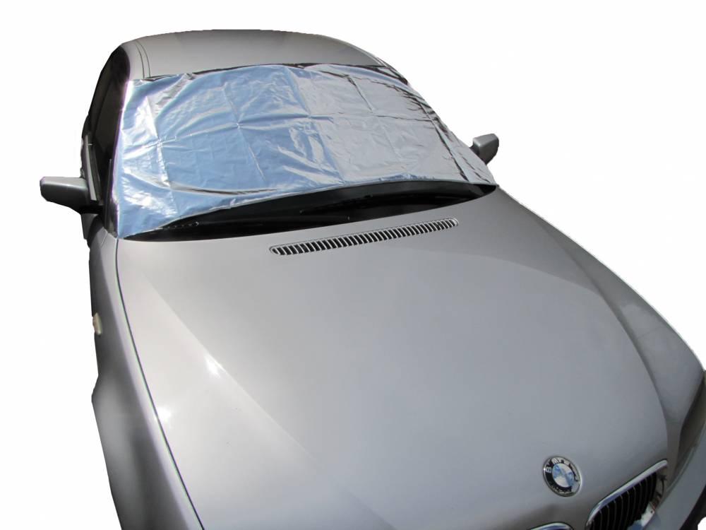 Sluneční clona na čelní sklo automobilu